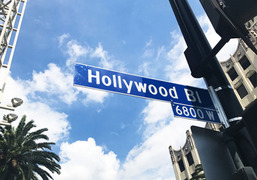 Thumb hollywood 195